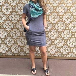 Lululemon &go Endeavor Dress